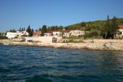 Pogled na kuću otok Prvić
